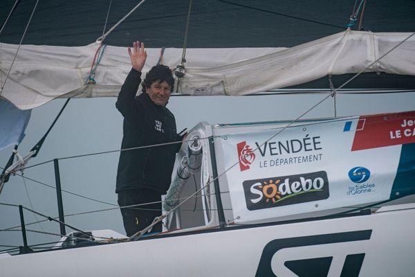 Jean Le Cam au départ du Vendée Globe le 8 novembre