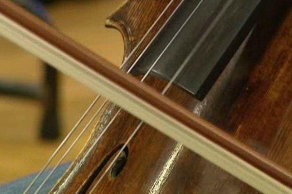 """A propos de l'oeuvre de Jean Françaix : """"L'histoire est comique, et la musique aussi !"""", se régale le chef de l'Orchestre d'Auvergne."""