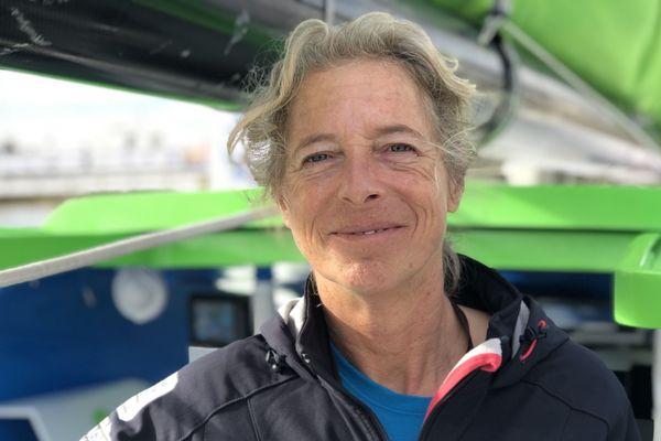 La britannique Miranda Merron à bord de l'Imoca Campagne de France quelques jours avant le départ de la Transat Jacques Vabre 2019.