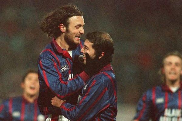 Lors de la saison 1995-96, le Bordeaux de Christophe Dugarry et Zinédine Zidane ira jusqu'en finale de la coupe UEFA, après avoir éliminé le Milan AC.