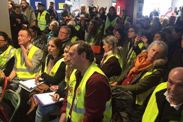 Environ 800 gilets jaunes réunis à Saint-Nazaire pour la 2eme Assemblée des Assemblées