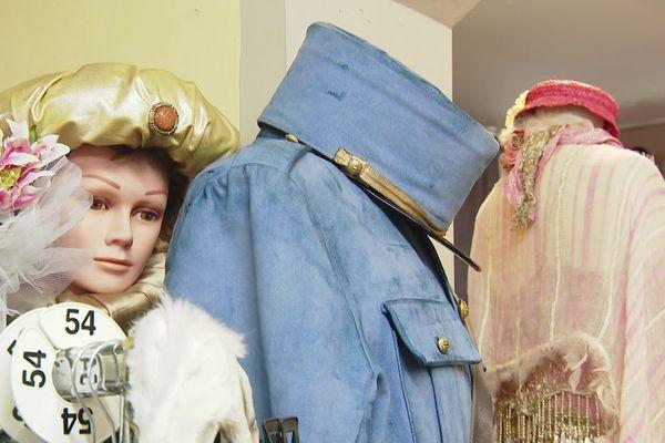 La costumothèque  de Montpellier recèle un trésor de 15 000 costumes