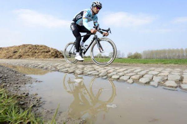 Paris-Roubaix: pas de pluie mais risque de pavés humides