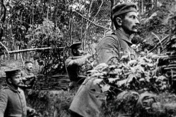 Wilhelm Nau et ses hommes, dans les tranchées.