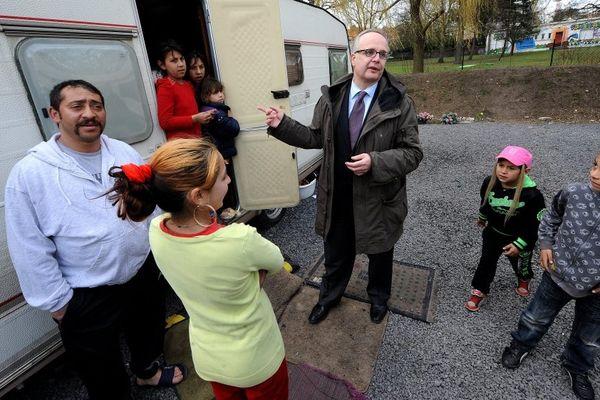 Frédéric Marchand, maire d'Helemmes fait partie de ceux qui ont accueilli des familles de roms dans la métropole lilloise.