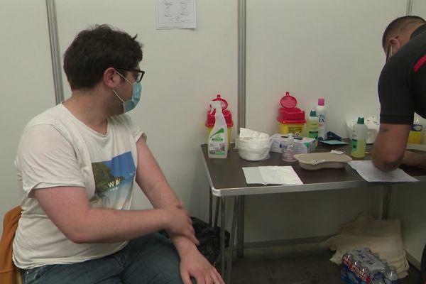 Ce jeudi 13 mai, beaucoup de jeunes étaient au Parc des expositions de Caen pour se faire vacciner contre la Covid19