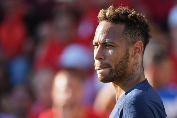 Neymar lors du match Nîmes - PSG en Ligue 1, le 1er septembre 2018.