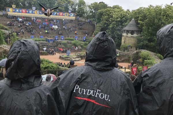 La météo n'est pas eu rendez-vous pour la réouverture du Puy du Fou, le 11 juin 2020
