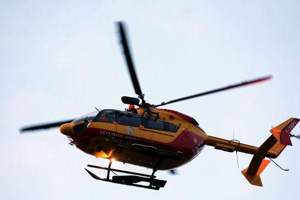 L'une des victimes a été transportée par l'hélicoptère Dragon 25 vers le CHRU de Besançon.