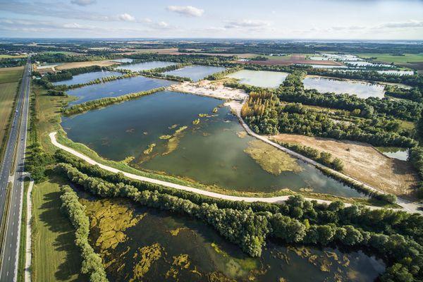 Vue aérienne du site des gravières des établissements Blandin à Perthes, septembre 2021.