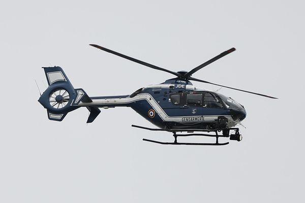 Un hélicoptère de la gendarmerie a dû être dépêché sur l'île d'Ouessant pour récupérer le corps d'un enfant porté disparu en mer depuis cinq jours