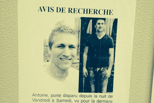 Des affichettes ont été posées à Toulouse par les proches d'Antoine