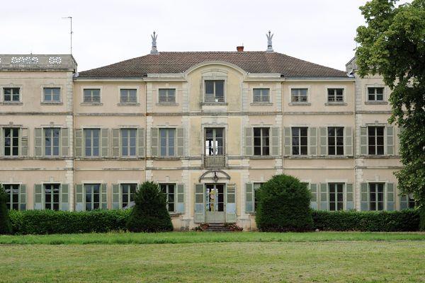 Le château de Saint Exupéry dans l'Ain : un suspense qui n'en est plus un