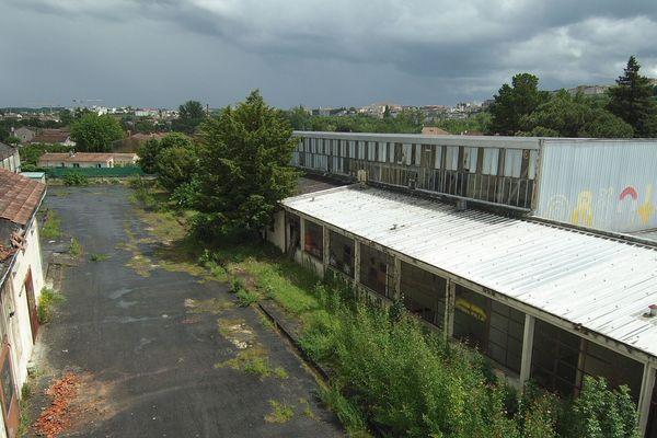 L'ancien site de l'usine Saft à Saint-Cybard (16) sera dépollué par le département de la Charente et l'ayant-droit juridique, Alcatel Lucent Partners (ALP).