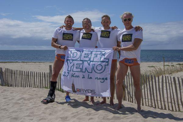 (De gauche à droite) Frédéric Romera, Loïc Metais, Axel Vander Elst et Olivier Delfosse vont nager 27 km entre l'île d'Yeu et Noirmoutier.