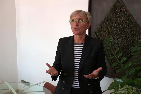 Marie-Hélène Thoraval, maire (Droite) de Romans sur Isère, fait appel