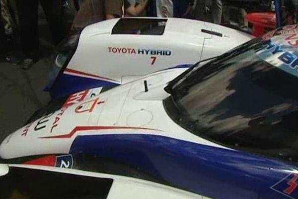 La Toyota hybride de Stéphane Sarrazin sur la grille de départ