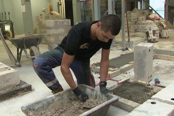 Les salariés des métiers du bâtiment sont particulièrement concernés par les troubles musculo-squelettiques liés à leur métier.