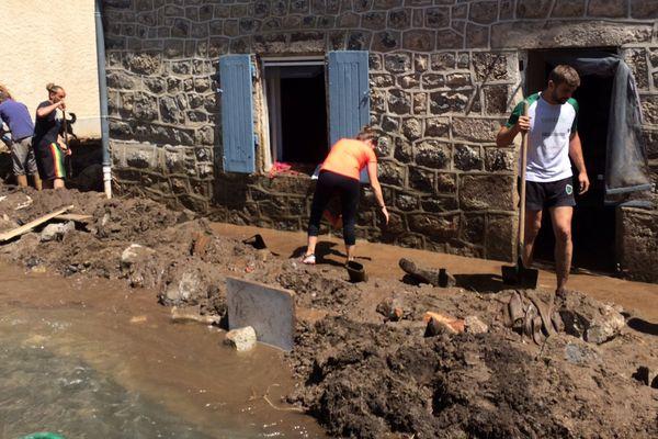 Le village de Goudet en Haute-Loire a été dévasté par les orages