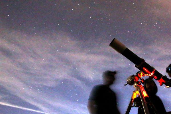 La Nuit des étoiles 2018 met l'accent sur l'observation de la planète mars (image d'illustration).
