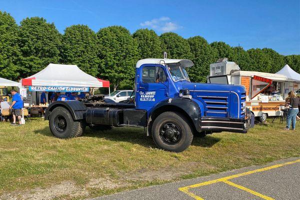 Un camion de la marque Berliet. Une des pièces de la collection de Christian Louvet exposée les 12 et 13 juin 2021 à Elbeuf sur Seine