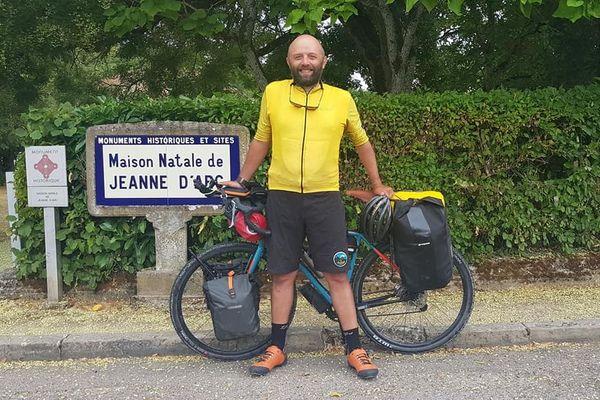 Stéphane Dugast est parti le 16 juillet de Bray-Dunes, près de Dunkerque dans le Nord.