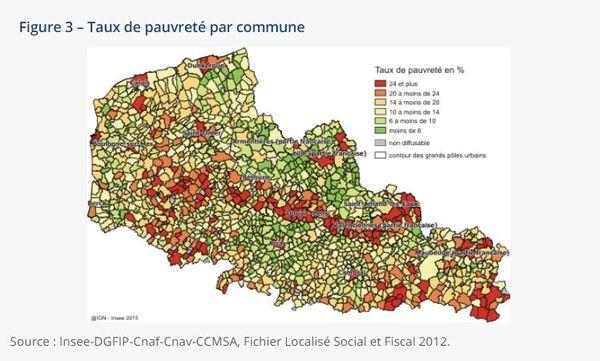 En rouge, les communes les plus pauvres du Nord et du pas-de-Calais en 2015. La carte montre les fortes inégalités entre les communes