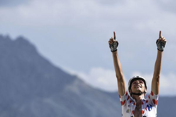 Le Morbihannais Warren Barguil sur le Tour de France 2017 avec son maillot de meilleur grimpeur