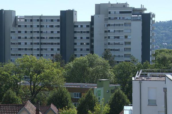 Des feux d'artifice sauvages ont été tirés dans différents quartiers de Besançon.