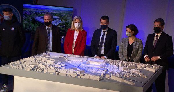 Aux côtés du Racing Club de Strasbourg, les collectivités ont débloqué une enveloppe financière de 100 millions d'euros pour le projet d'extension et de rénovation de la Meinau.