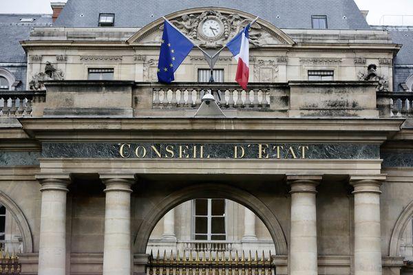 Plus haute juridiction administrative, le Conseil d'Etat est chargé de juger les litiges entre les citoyens et l'administration.