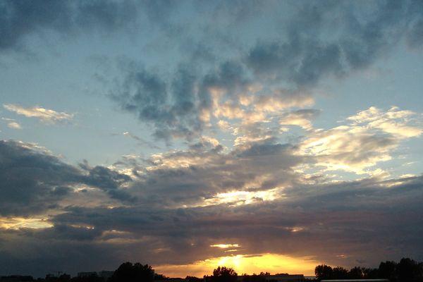 Le ciel de Dunkerque le 20 mai soir