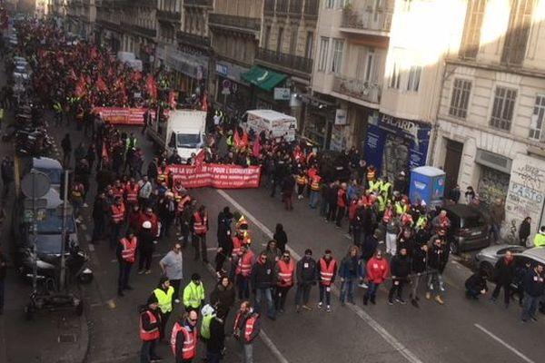 Rassemblement de toutes les mobilisations de la journée à Marseille