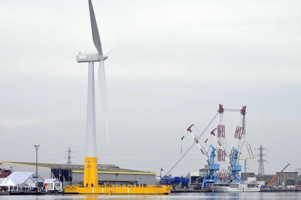 Inauguration de la première éolienne offshore française à Saint-Nazaire