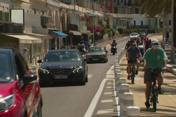 Le comité argumente sur le fait que la voie prolongeant la Promenade des Anglais à Nice en direction du Port Lympia, formée du quai des Etats-Unis, du quai Rauba Capeu, du quai de Lunel, du quai de la Douane et du quai Papacino, est classée « route à grande circulation ».
