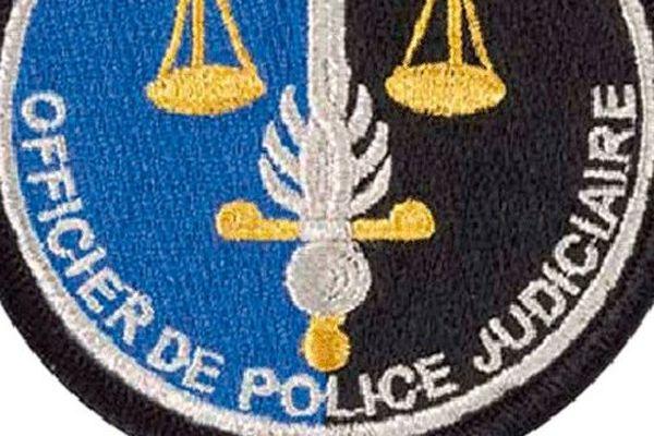 Police judiciaire écusson- Archives