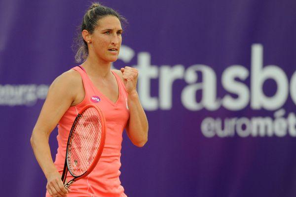 Virginie Razzano lors de sa victoire face à Francesca Schiavone - 20 mai 2015