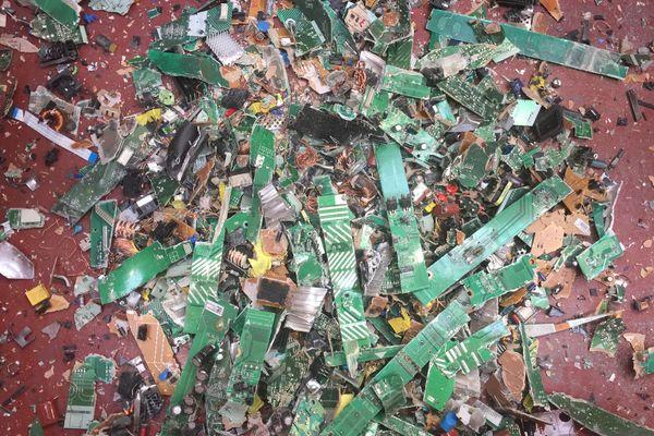 Broyés, les déchets électroniques se révèlent plein de ressources...minières