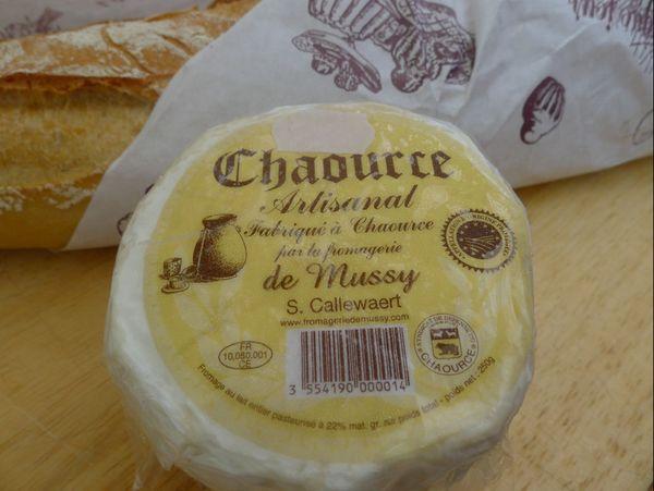 Chaource A.O. Fromage artisanal au lait entier pasteurisé