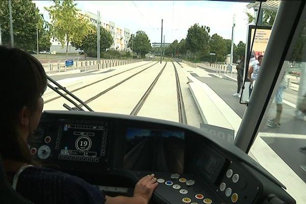 tramway de Caen, le point après 3 semaines