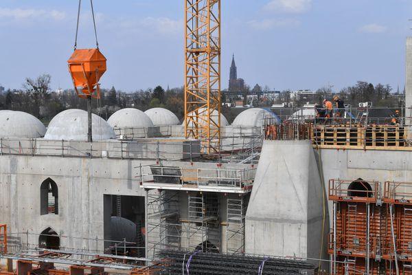 La nouvelle mosquée Eyyub Sultan à Strasbourg coutera 32 millions d'Euros. La Ville avait adopté le principe d'une subvention à hauteur de 2,5 millions d'euros