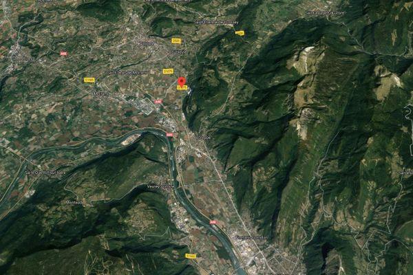 Une femme de 45 ans est décédée des suites de ses blessures après avoir été renversée à La Buisse, en Isère.