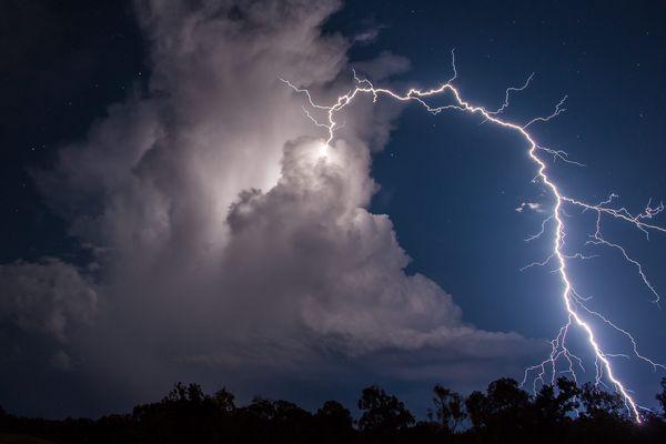 De violents orages ont touché les trois département des Alpes dans la nuit de lundi à mardi. Photo d'illustration.