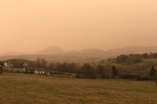 Début février (photo), le Puy-de-Dôme avait déjà connu un épisode de poussières du Sahara.