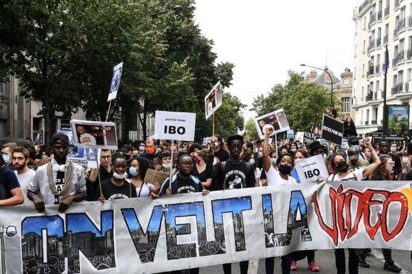 Manifestation à Paris contre les violences policières, 20 juin 2020