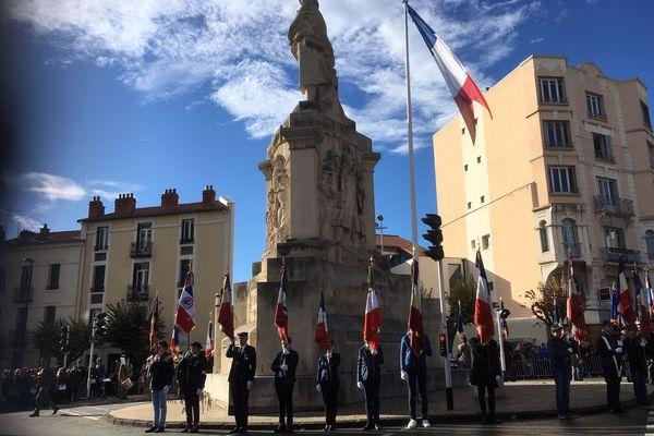 A Clermont-Ferrand, des commémorations célèbrent l'armistice du 11 novembre 1918 qui marque la fin de la Première Guerre mondiale.
