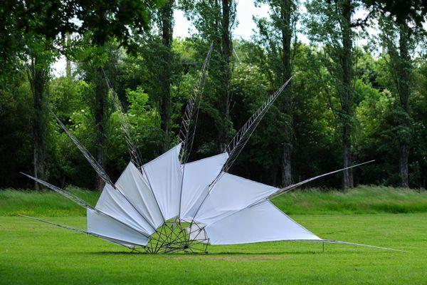 art monumental en pleine nature, oeuvre d'Alice Morlon