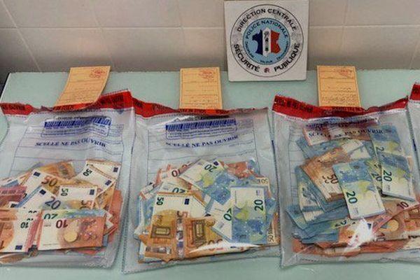 100 kg de cannabis, 50 gr de cocaïne et 46 000 euros ont été saisis