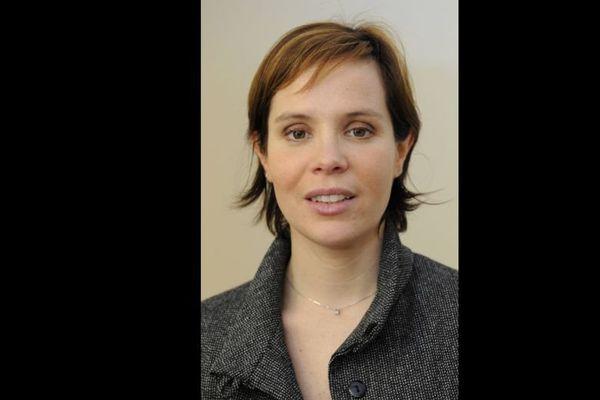 Hélène Burgat, 38 ans, est maire socialiste de Mondeville. Elle apportera son soutien et son parrainage à Emmanuel Macron.