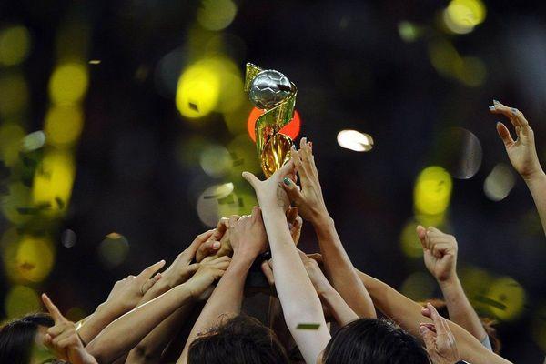 La vente des billets pour la Coupe du monde féminine de football connaît un certain engouement.